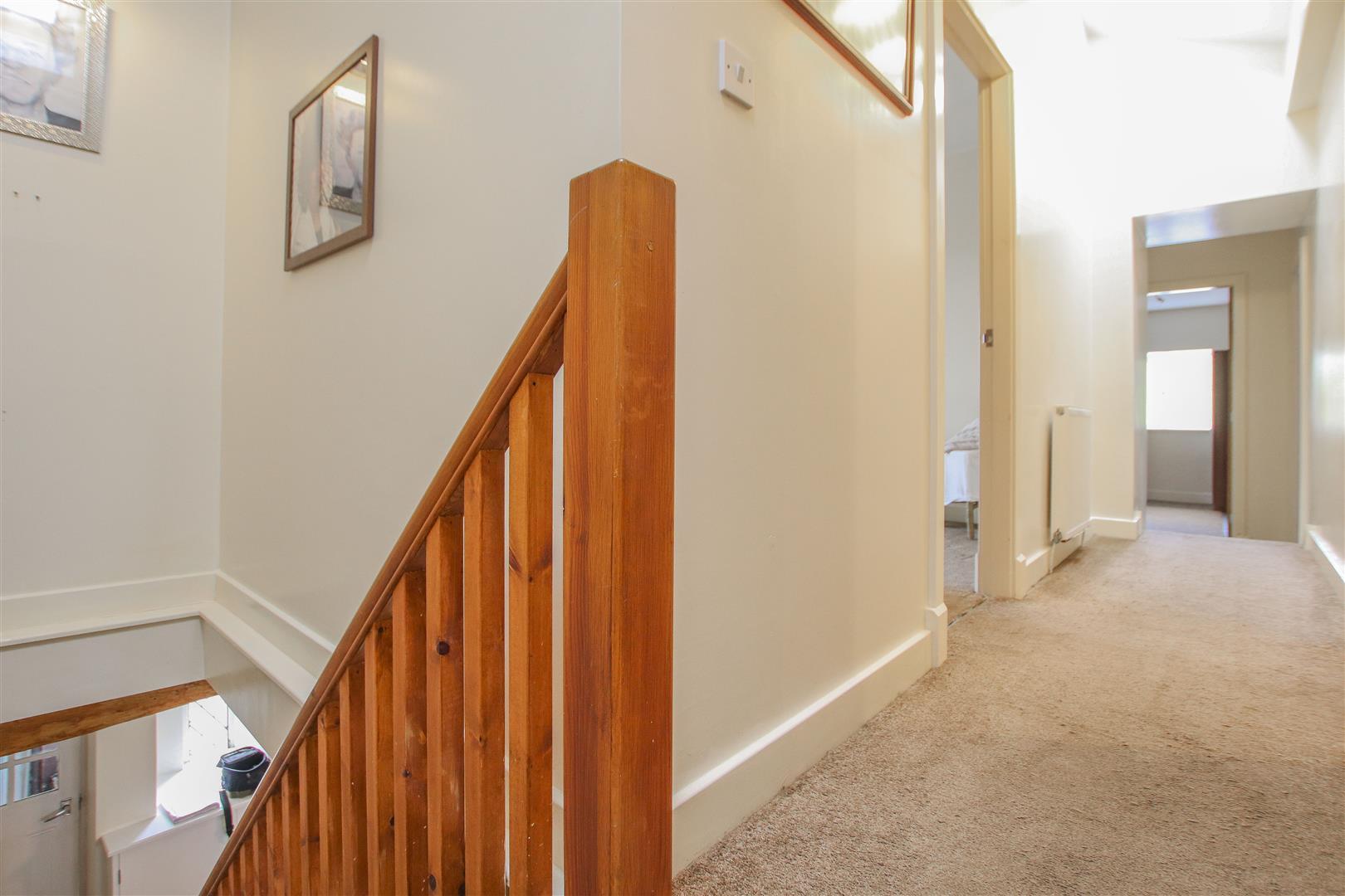 4 Bedroom Farmhouse For Sale - 16.JPG